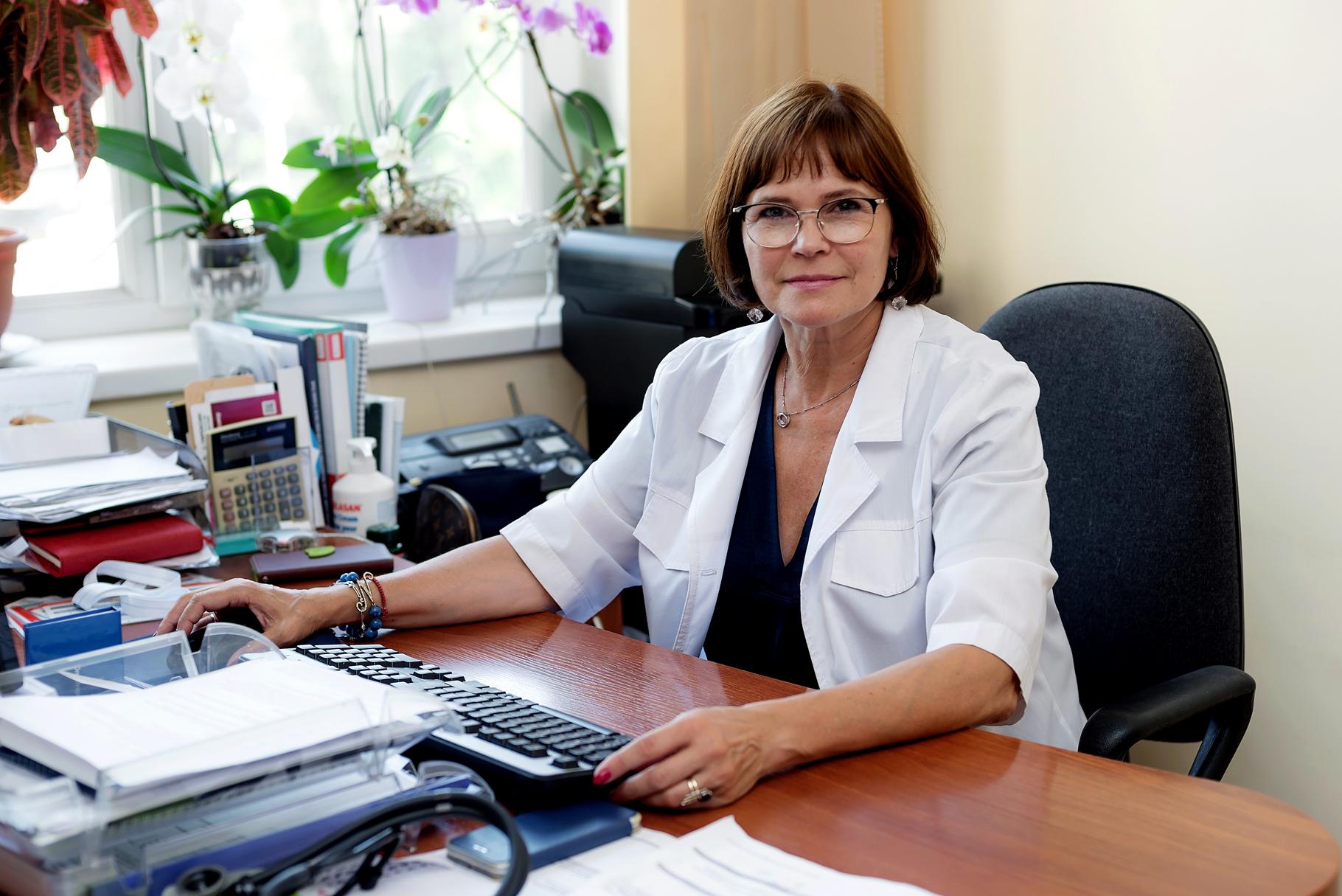 ЗЕЛІНСЬКА Наталія Борисівна