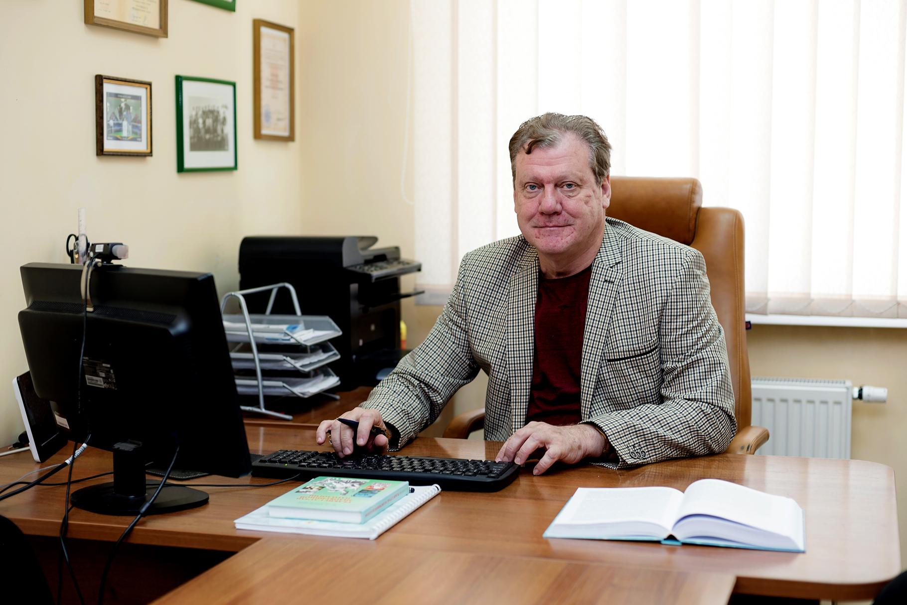 КИРИЛЮК Михайло Лазарович